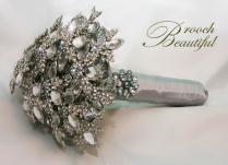 silver, platinum, brooch, broach, grey, gray, floral, flowers, bride, bling,