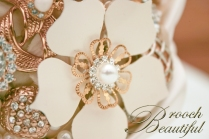 gold pearl brooch bouquet_25a
