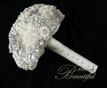 Silver Pearl Brooch Bouquet 7