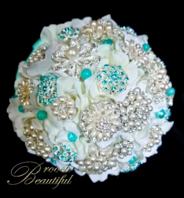 Tiffany Pearl brooch Bouquet web4