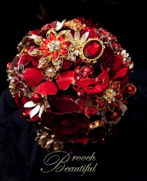 Vintage Red Gold Brooch Bouquet 2