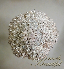 pave platinum brooch bouquet web1