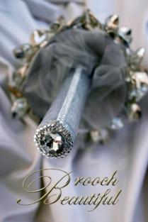 ultra platinum silver bling brooch bouquet web7