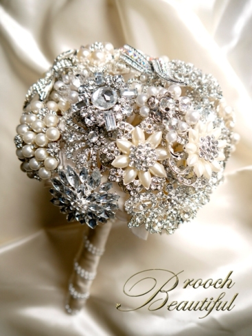 pearl bling brooch bouquet web1
