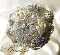 pearl bling brooch bouquet web12