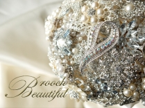 pearl bling brooch bouquet web13